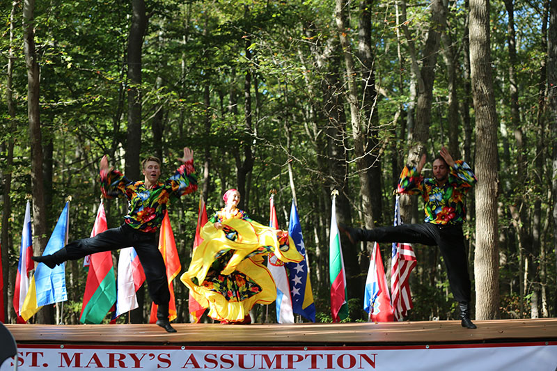 Maryland Gypsy Dancers, U.S. Army photo by Sgt. Kalie Jones